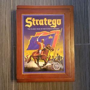 Stratego Wooden Bookshelf Edition 2009